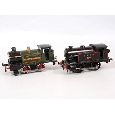 Lot 29 - Two Hornby O gauge electric tank locomotives LNER 0-4-0, 826, GW 0-4-0, green