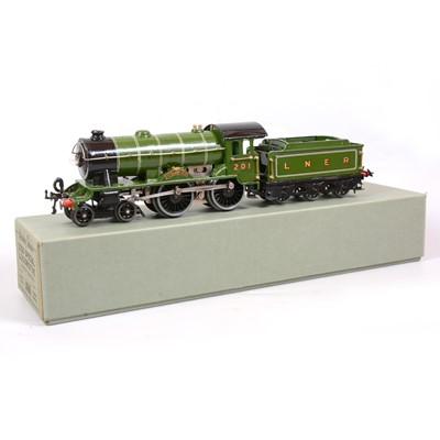 Lot 4 - Hornby O gauge electric locomotive and tender, E220 Special, LNER 4-4-0 'Bramham Moor'.