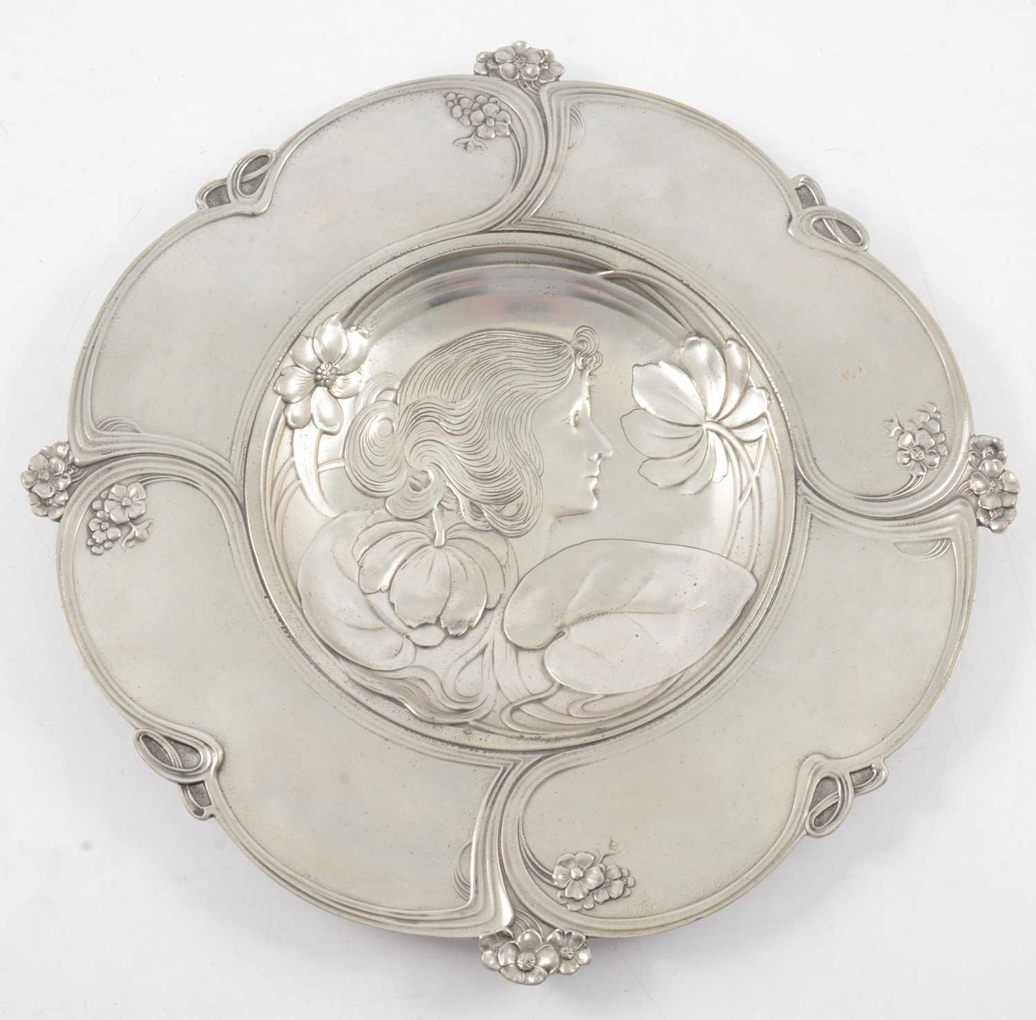 Lot 1006 - Italian Art Nouveau pewter charger, by Achille Gamba, circa 1900