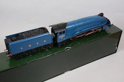 Lot 19 - Darstaed Trains De Luxe O gauge model railway locomotive and tender, LNER 4-6-2, 'Kingfisher'