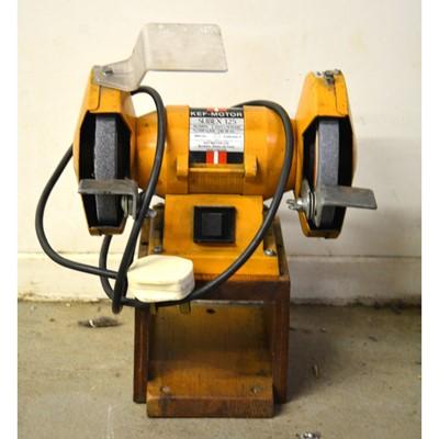 Lot 22 - Kef Motor Slibex 125 bench grinder.