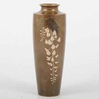 Lot 89 - Japanese bronze vase, by Kuroda Company