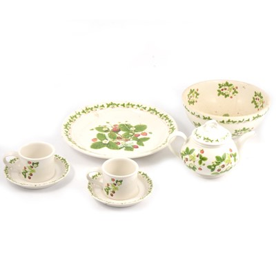 Lot 91 - Portmeirion 'Summer Strawberries' pattern tea/breakfast ware.