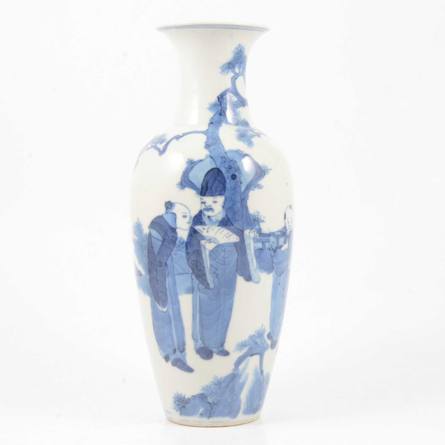Lot 3 - Chinese blue and white vase