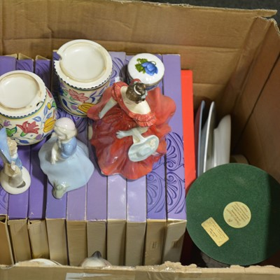 Lot 58 - Decorative ceramics including Wedgwood plates, figures, etc.