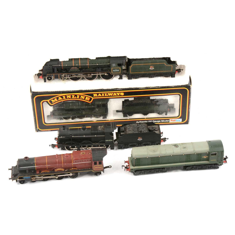 Lot 40 - Five OO gauge model railway locomotives