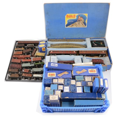 Lot 50 - Hornby Dublo OO gauge model railway collection; including EDP2 set with 'Duchess of Atholl'