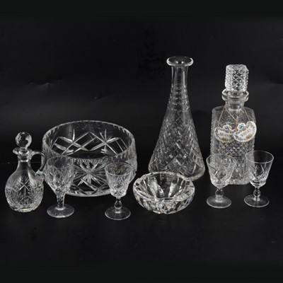 Lot 69 - A collection of Stuart Crystal and other glassware