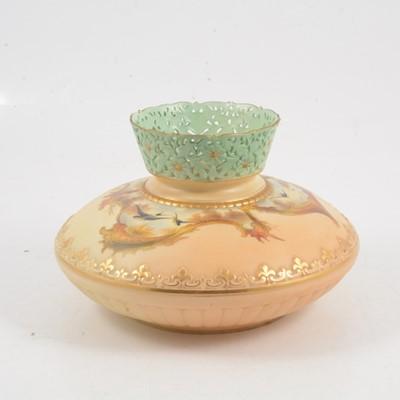Lot 2 - Grainger & Co, Worcester squat vase with swallows