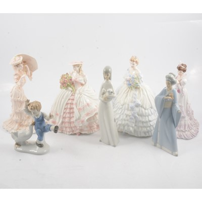 Lot 21 - A collection of seven figurines