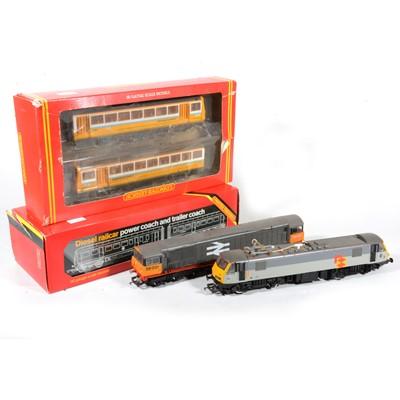 Lot 52 - Hornby OO gauge model railway diesel locomotives and power coaches