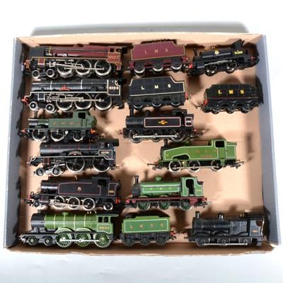 Lot 36 - Eleven OO gauge model railway locomotives