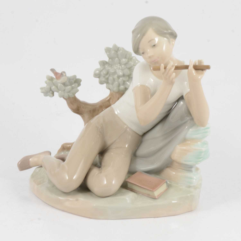 Lot 37 - Lladro figure of a boy flautist