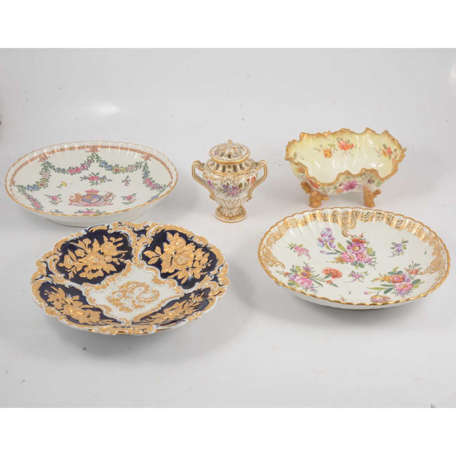 Lot 39 - Samson style armorial dish, and other Continental dishes and similar vase and cover