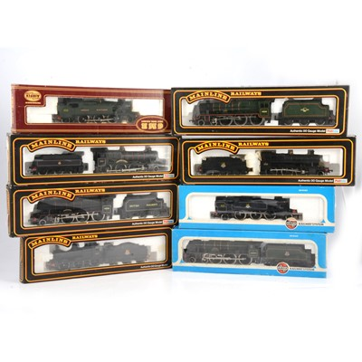 Lot 35 - Eight OO gauge model railway locomotives
