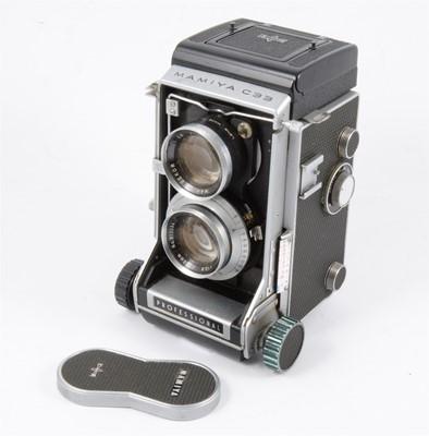 "Lot 112 - A Mamiya C33 ""Professional"" camera."