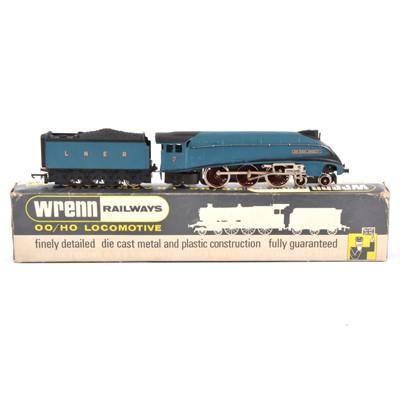 Lot 96 - Wrenn OO gauge model railway locomotive, W2212 4-6-2 class A4 'Sir Nigel Gresley', LNER, boxed.