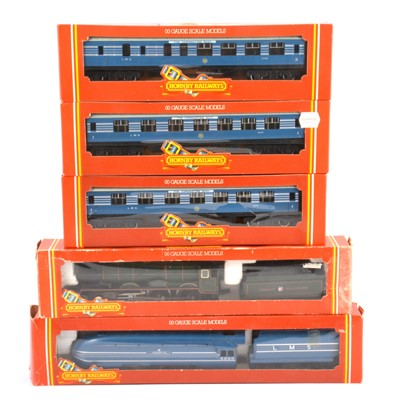 Lot 59 - Hornby OO gauge model railways, two locomotives and three passenger coaches.